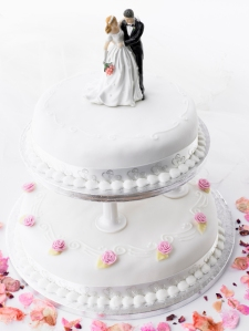 Wedding Cake With Bride And Groom Figurines